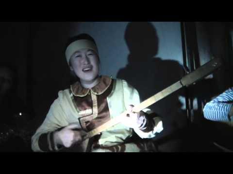 видео: Этника. Алтайская песня на топшуре от Тадыровой Алины.