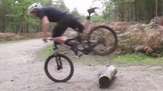 Repeat youtube video Mountain Bike Technique - Focus On Footwork Part 1