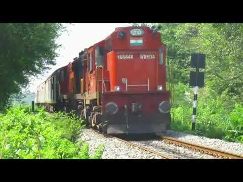 22837/ 22838 Dharti Aaba AC Superfast Express at Balangir