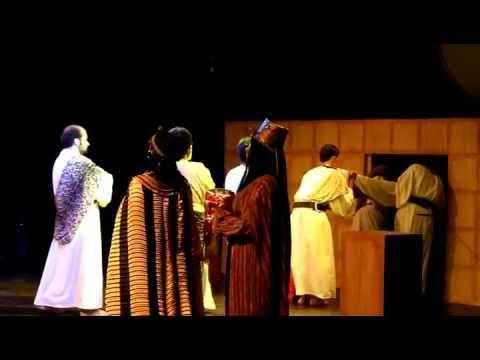 Akhnaton & Nefertiti's coronation - Akhnaton Operetta