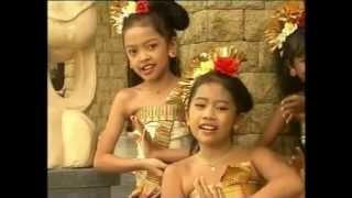 Download Mp3 Mejangeran - Old Beautiful Balinese Kid Song  Jangi Janger .mp4