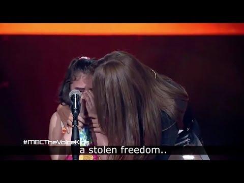 Syriske Ghina bryter ut i tårer midt i sangen om hjemlandet