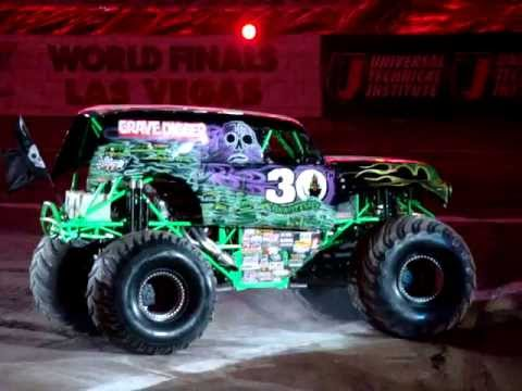 Grave digger intro Detroit 2012
