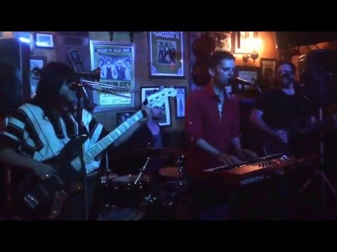 High Five Time - The Power of Love 12/6/15 @ The Auld Dubliner