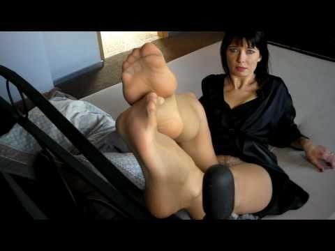 Aga, the feet goddess makes us a show