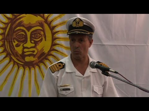 Hope dwindles as search for missing Argentine sub continues