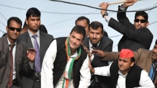 Overhead cables being removed in Agra ahead of Rahul-Akhilesh combined road show