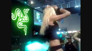 Gamescom 2010 Razer Stripaaaaaa