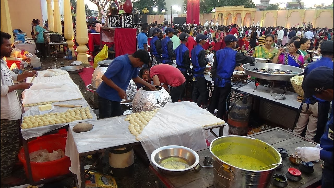 Lavish Indian Wedding: Epic Food Stalls serving Yummy Street Food & Restaurant Quality Foods, In