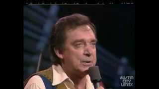 There Goes My Everything   -  Ray Price