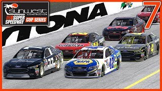 STUCK ON THE OUTSIDE LATE RACE - Superspeedway Cup Series |Round 7/21| at Daytona '07 90 Laps