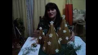 Arbol de navidad con revista