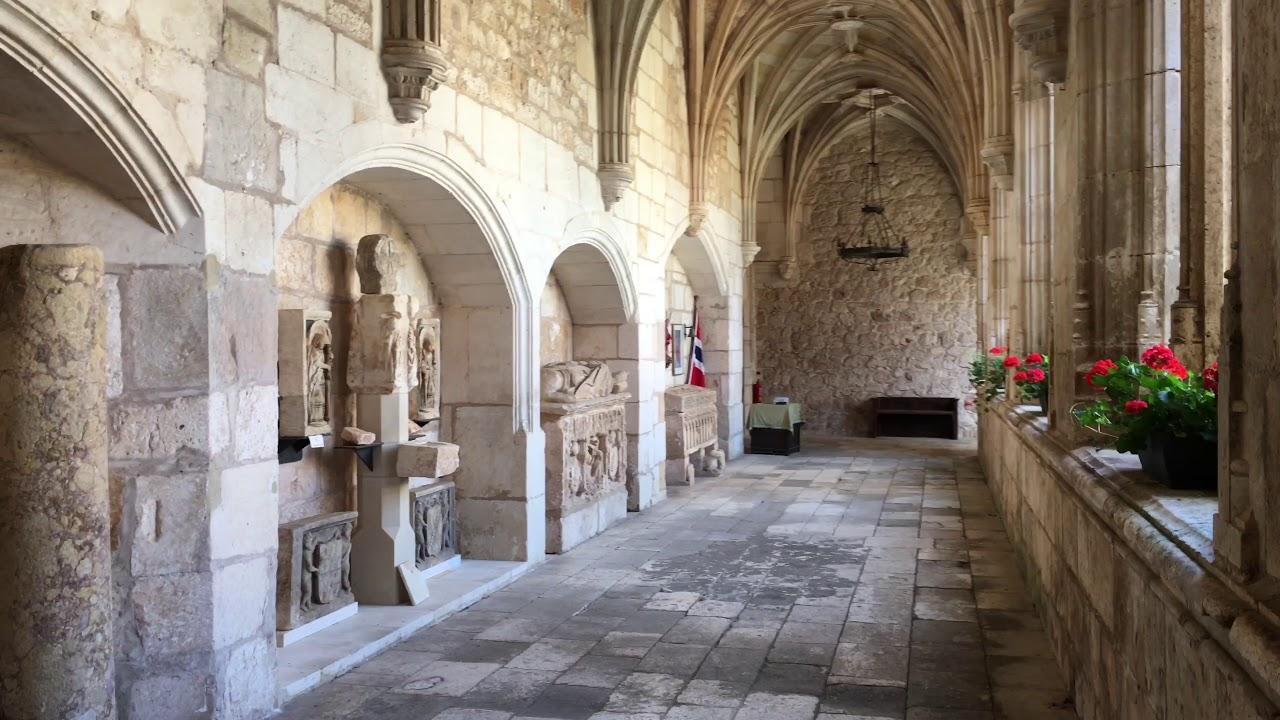Resultado de imagen de Colegiata de San Cosme y San Damián covarrubias