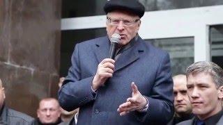 Жириновский в Крыму пообещал бесплатный газ и безвозвратные кредиты