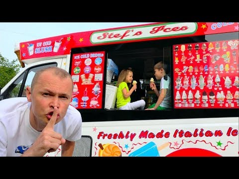 Max And Katy Play In Ice Cream Truck
