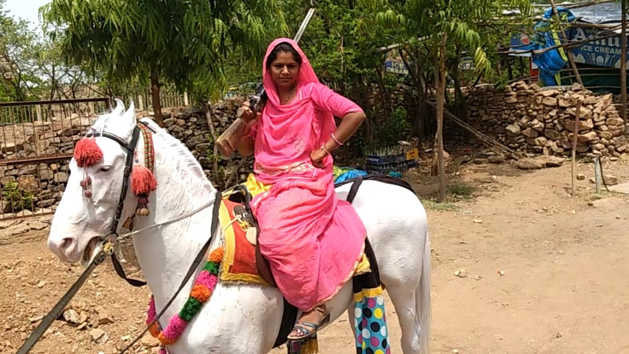 Omg Rajasthani Beautiful Woman And Horse Amazing Styles -5332