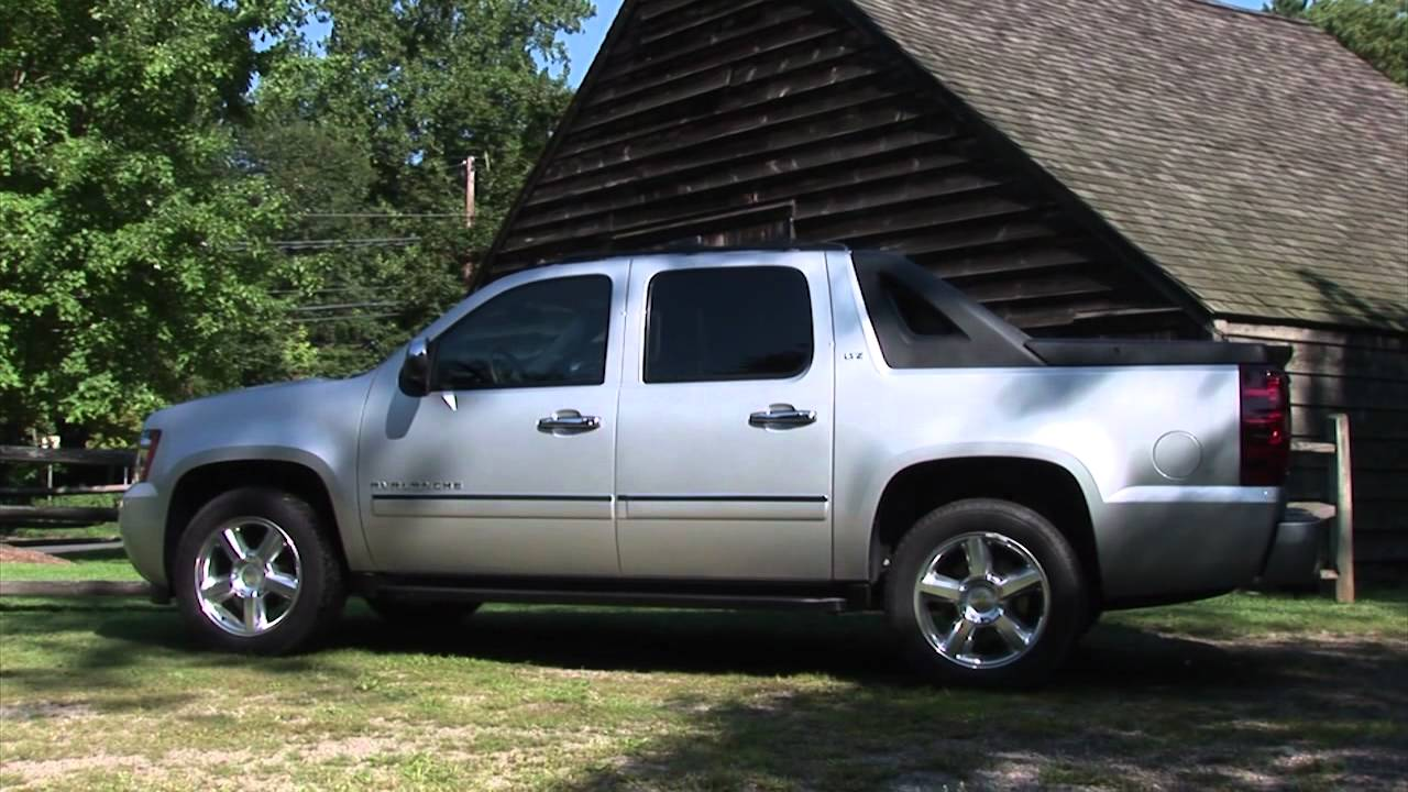 2011 Chevrolet Avalanche - Drive Time Review - YouTube