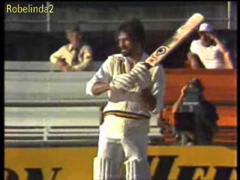 Wasim Raja 48 vs Australia 1st test WACA 1981