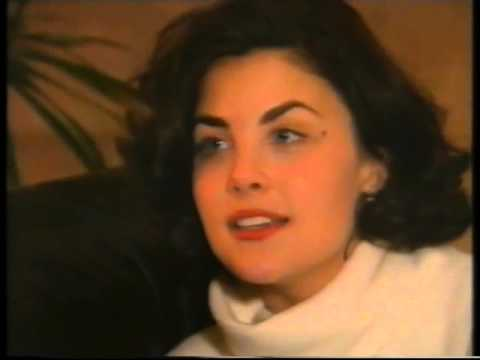 The Word: Sherilyn Fenn Interview