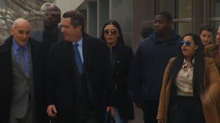 Wife Of Drug Kingpin 'El Chapo' Must Stay In Jail