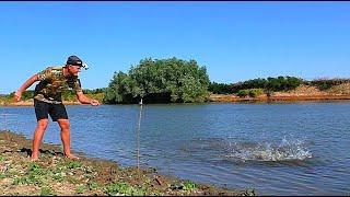 Рыбалка на закидушки. На границе с Казахстаном. В этой яме много рыбы.