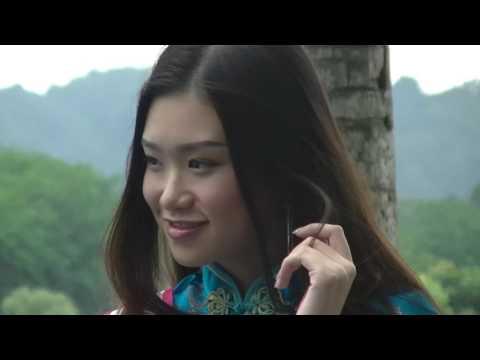 Most Beautiful Chinese Girls + Pool + Hot Sun, Miss Chinese World 2017, A Camera