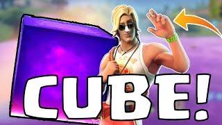 CUBE EVENT REACTION!! FORTNITE LOOT LAKE VOLCANO!