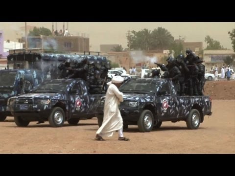 Police 'attack' as Sudan protesters gather at mosques