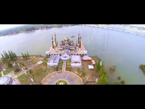 Masjid Kristal / Crystal Mosque   Terengganu,Malaysia