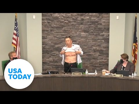 Asian American Army veteran bares scars, addresses hate at Ohio board meeting | USA TODAY