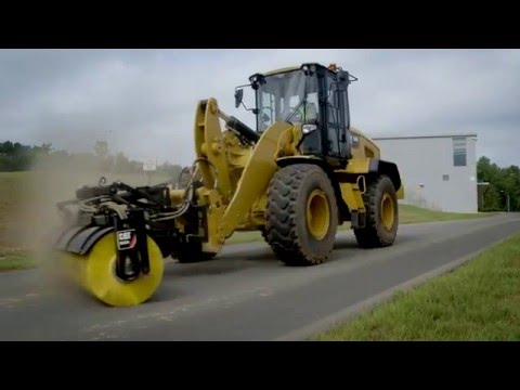 Cat 174 Brooms Attachment At Work Youtube