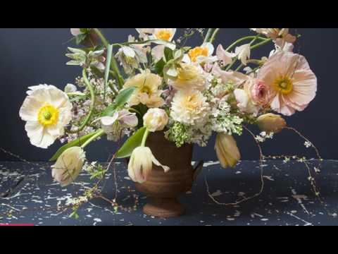 Flower School: A Spring Bouquet by Nicolette Owen