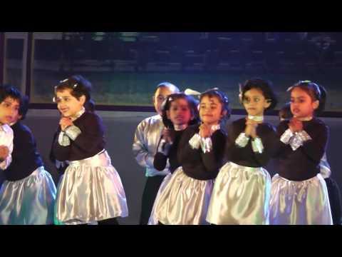 Itni si Hasi Itni si Khushi  function dance