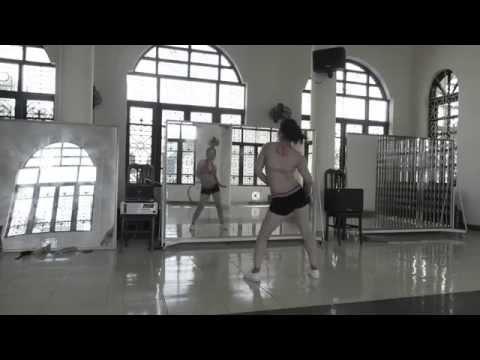 Thể dục thẩm mỹ - Thư giãn 10p. LH : 0987375790