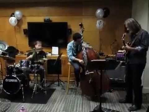 Eric G on Yamaha Manu Katche Jr. Drums performing Footprints by Wayne Shorter