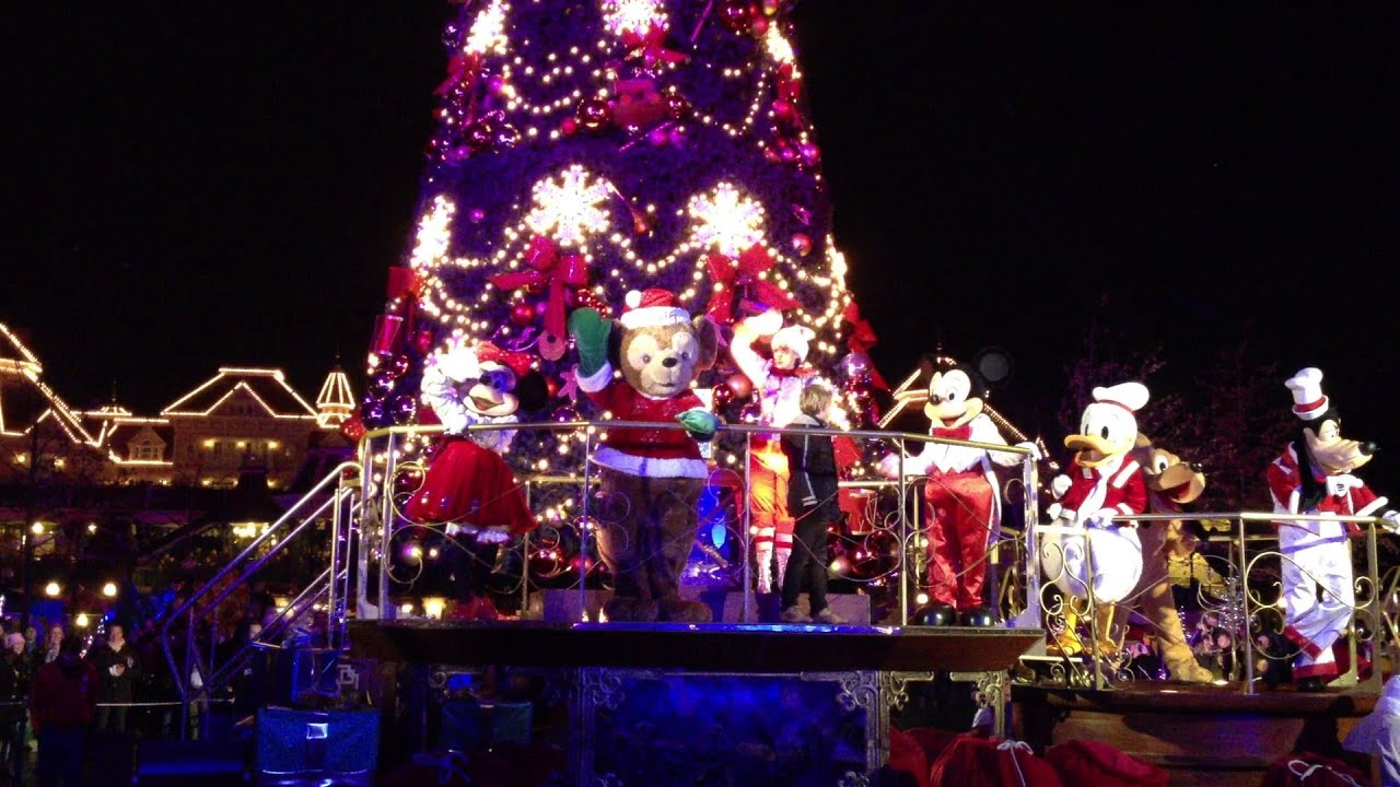 Disneyland Paris - Christmas Tree Lighting Ceremony - Christmas ...