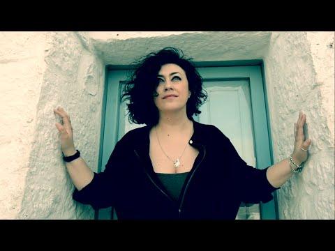 Daniela Desideri - Ama la Puglia