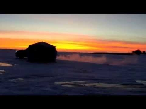 Midwest outdoors tv show 1552 ice fishing in south d for South dakota ice fishing