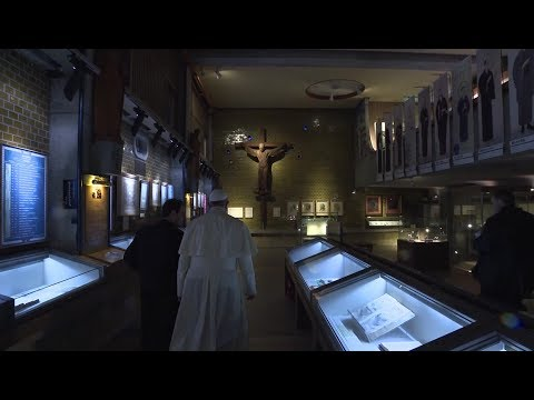 Pope Visits Japanese Martyrs Museum With St. Francis Xavier's Writings