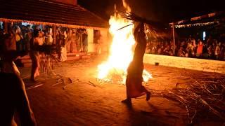 Kandanar Kelan Theyyam (Travel Kannur Kerala Videos)