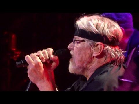 "BOB SEGER ""Hollywood Nights"" HD Live Chicago 12/11/14"