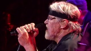 "BOB SEGER ""Hollywood Nights"" HD Live Chicago 12/11/14"