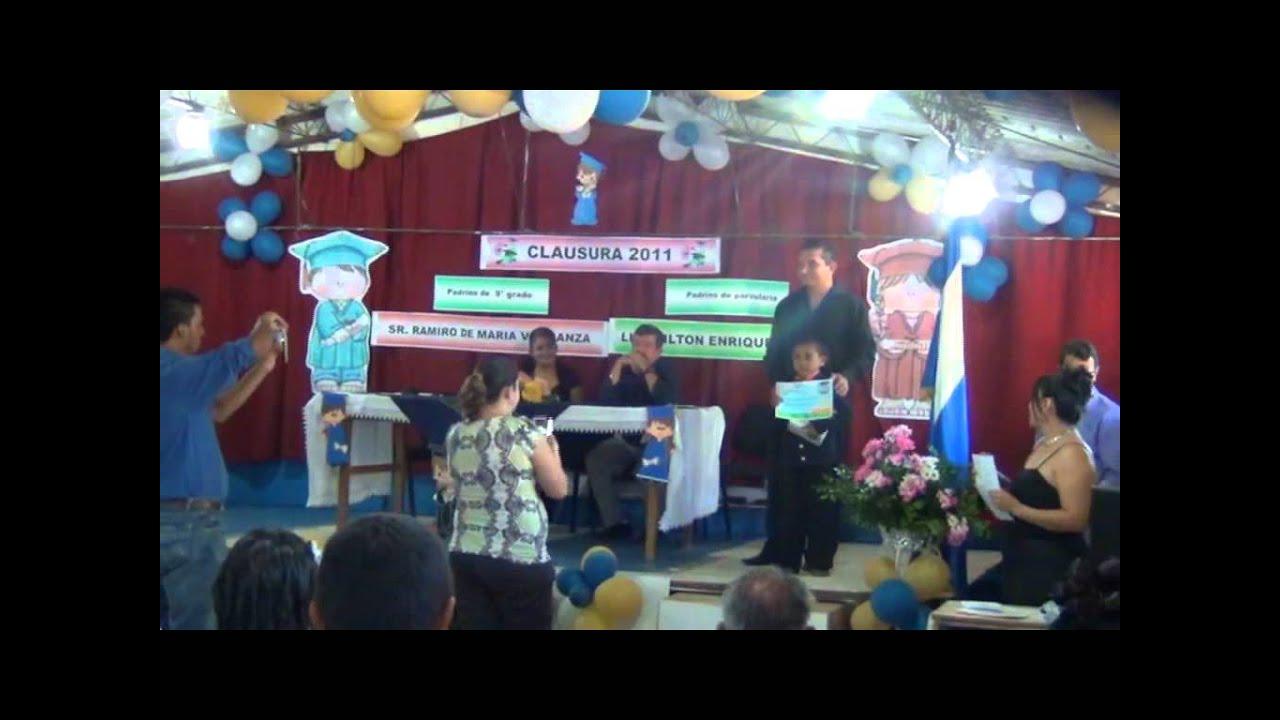 Entrega De Diplomas A Niños Clausura 2011 Youtube