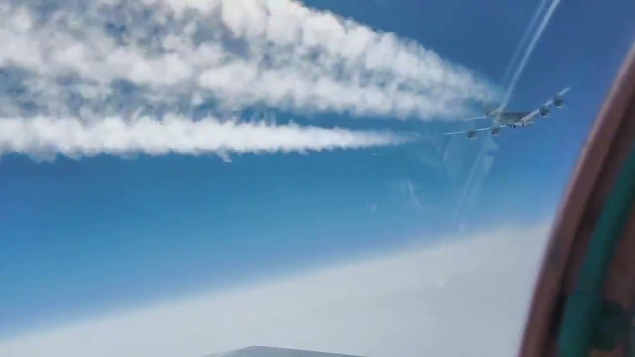 A MiG-31 intercepted a U.S. Air Force Rivet Joint spy aircraft over the  Pacific - AIRLIVE