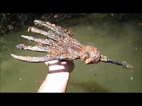 Metal Detecting In The River for Treasure
