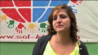فيديو ..جمعية لبنانية توفر التعليم لأطفال الشوارع واللاجئين
