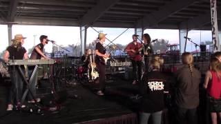 Ranchers perform Sheep Pink Floyd