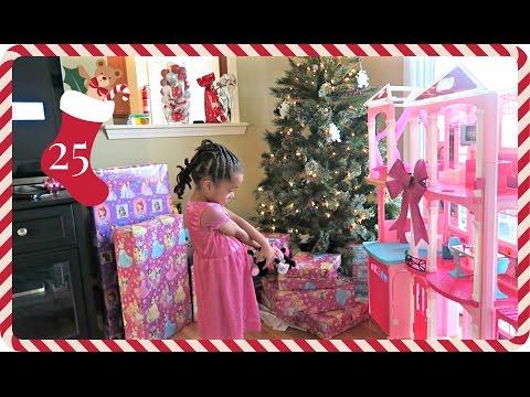 I Got My Barbie House! | Vlogmas Day 25