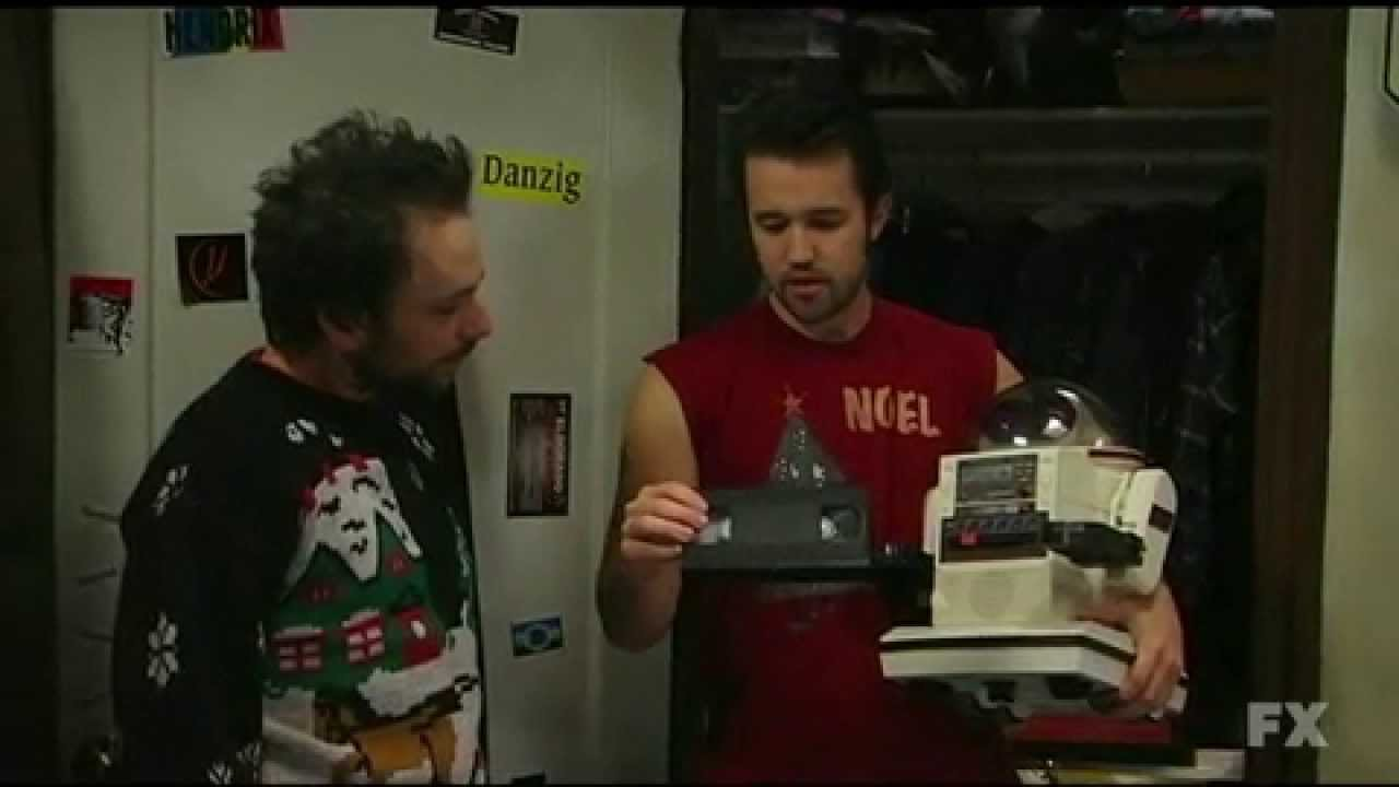 Mac's Christmas - It's Always Sunny in Philadelphia - YouTube