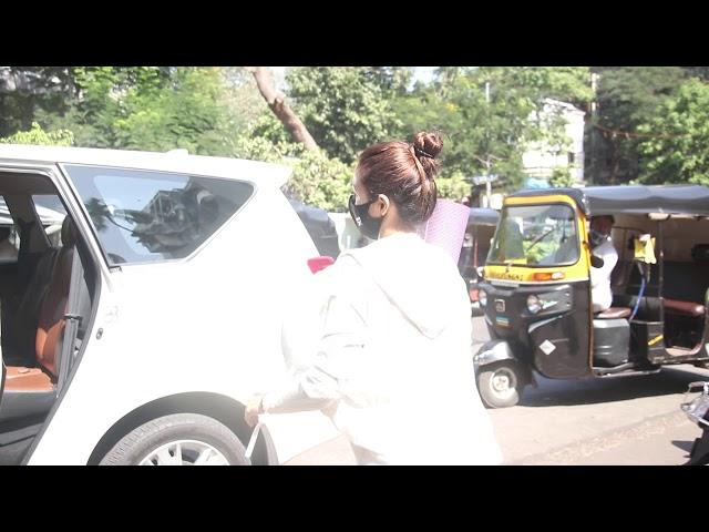 Beautiful Actress Malaika Arora Spotted At Bandra